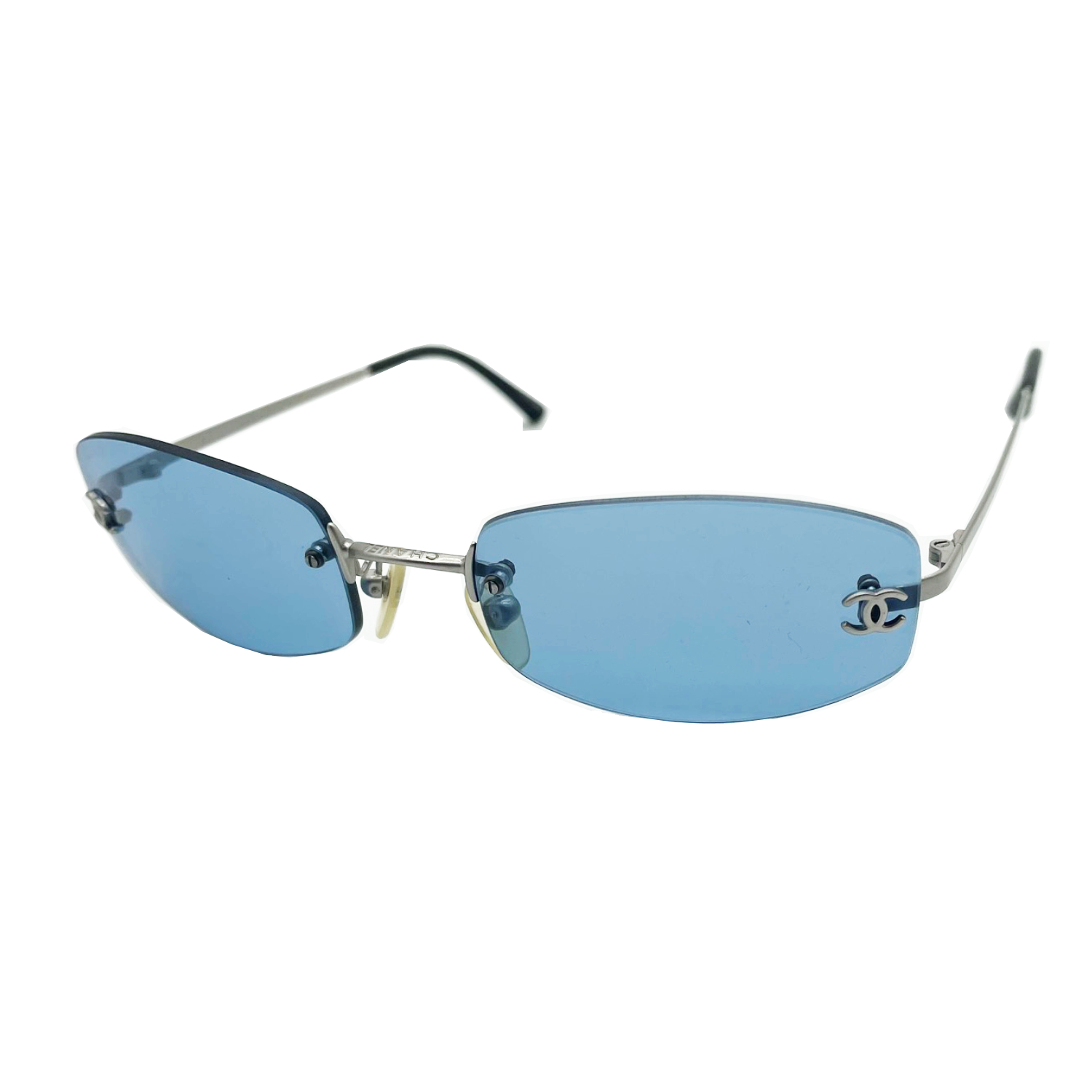 Vintage Chanel Rimless Tinted Sunglasses in Blue | NITRYL
