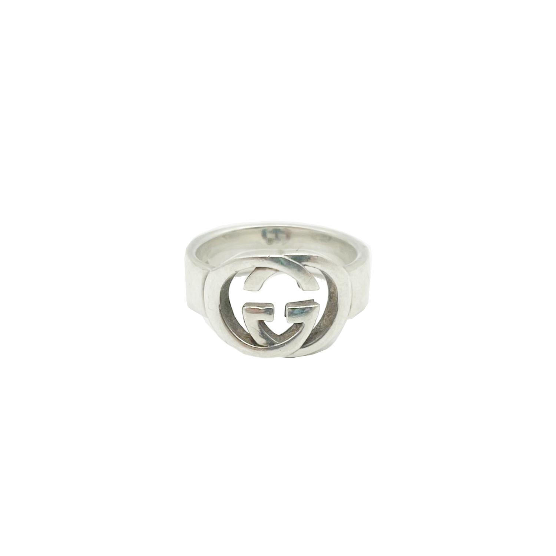 Vintage Gucci Interlocking Logo Monogram Signet Ring in Silver | NITRYL