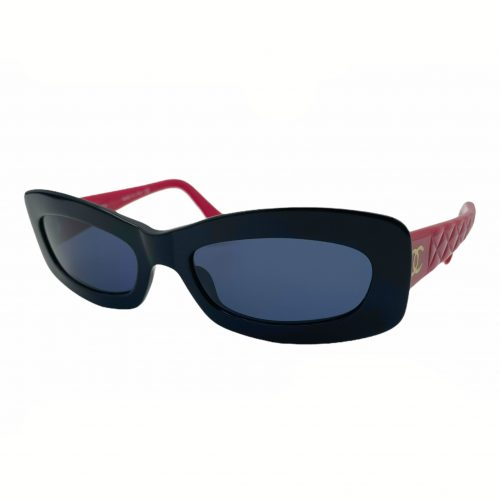 Vintage Chanel Chunky Sunglasses in Red and Black | NITRYL